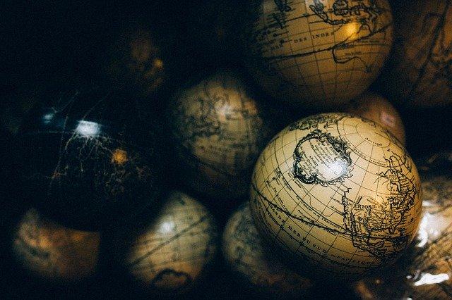 見える世界,見えない世界